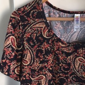 Lularoe Perfect Tee Medium Paisley Black NWOT